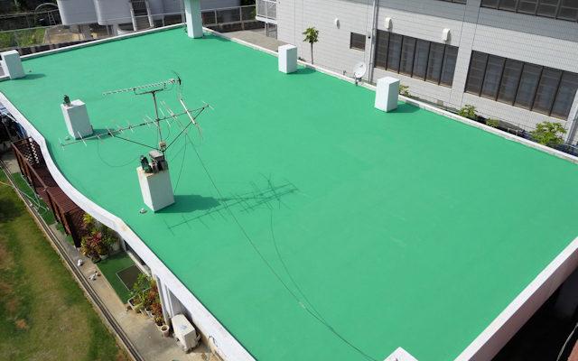遮熱防水塗装を施したコンクリート住宅