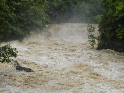 台風で河川の氾濫
