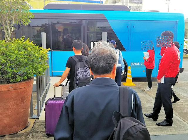 自動運転実証実験バス試乗