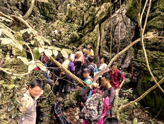 崖の上の狭小地イメージ