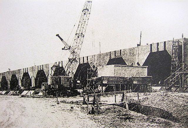 建設中の核ミサイル発射台